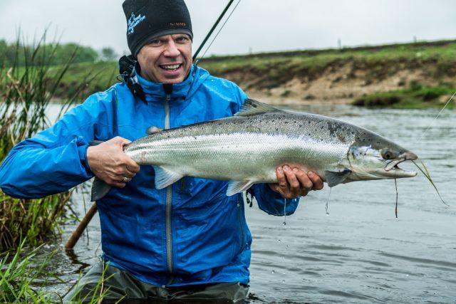 Laksefiskeri i Skjern Å -Udlev drømmen om den danske Laks